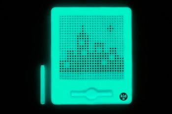magnatab-front-glowing