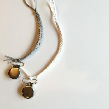 nomilu-grey-white-braided-pacifer-clip-2