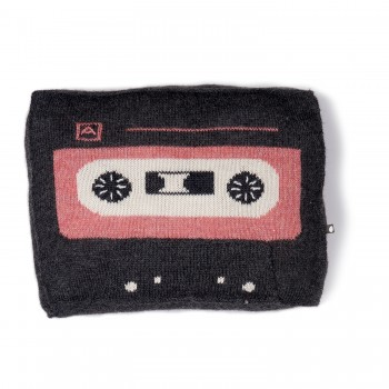 oeuf_fw16-musictape-pillow-dkgrey-mlrose
